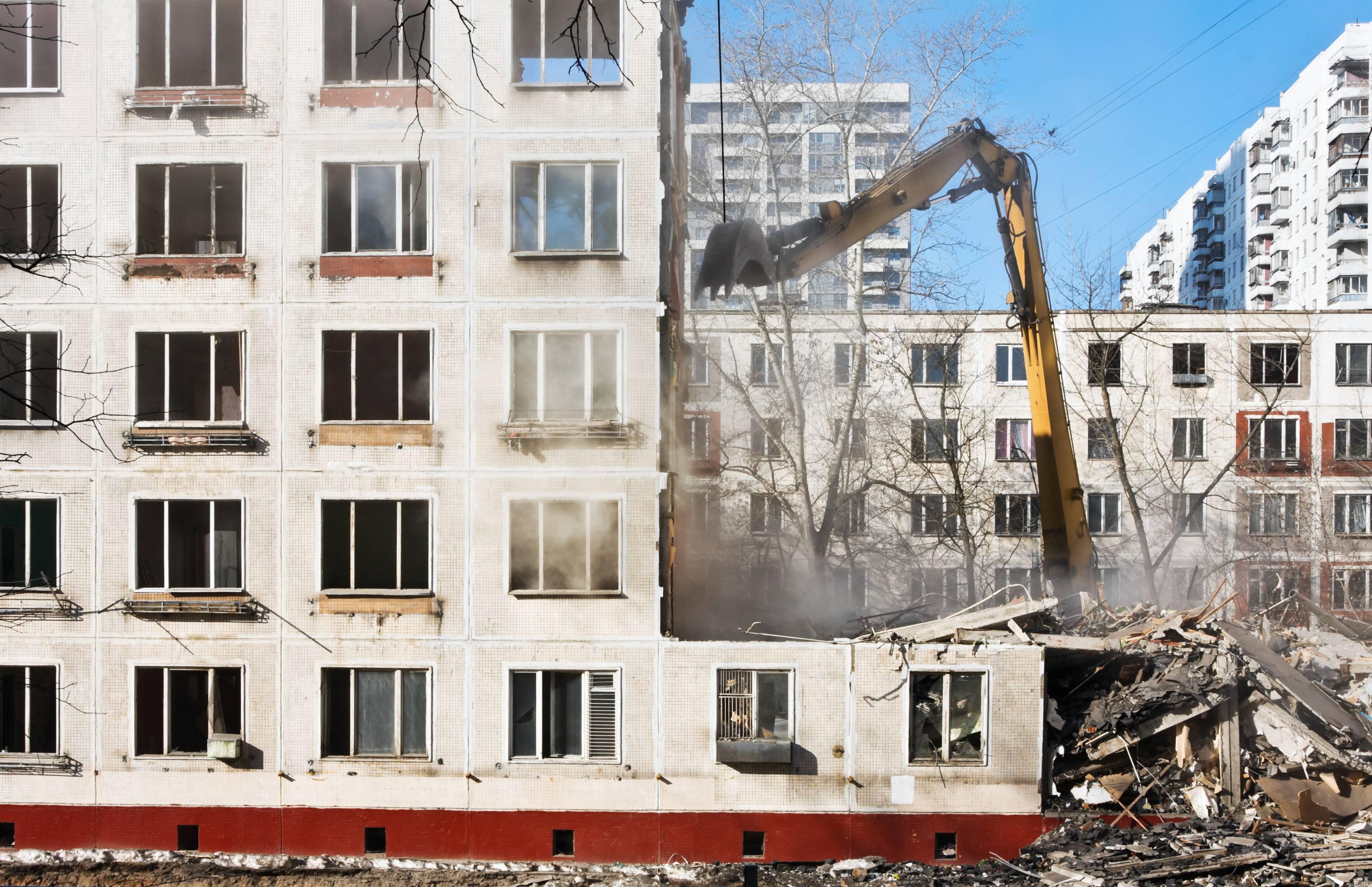 «Умный» демонтаж зданий